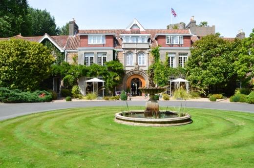 5 Longueville Manor Jersey