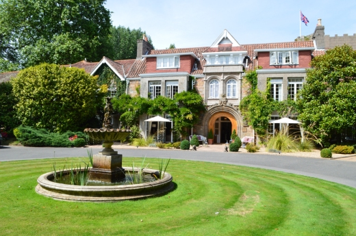 6 Longueville Manor Jersey