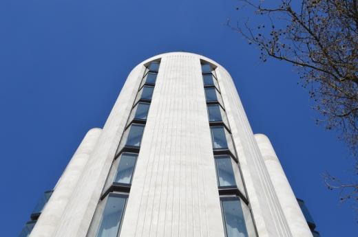 1 ME London Radio bar copyright lvbmag.com