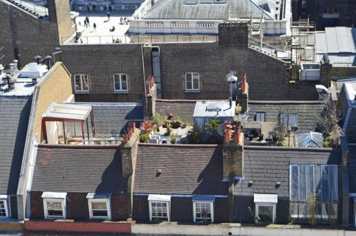 4 ME London Radio bar copyright lvbmag.com