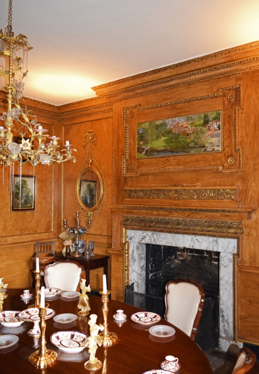 Island Hall Dining Room © Lavender's Blue Stuart Blakley