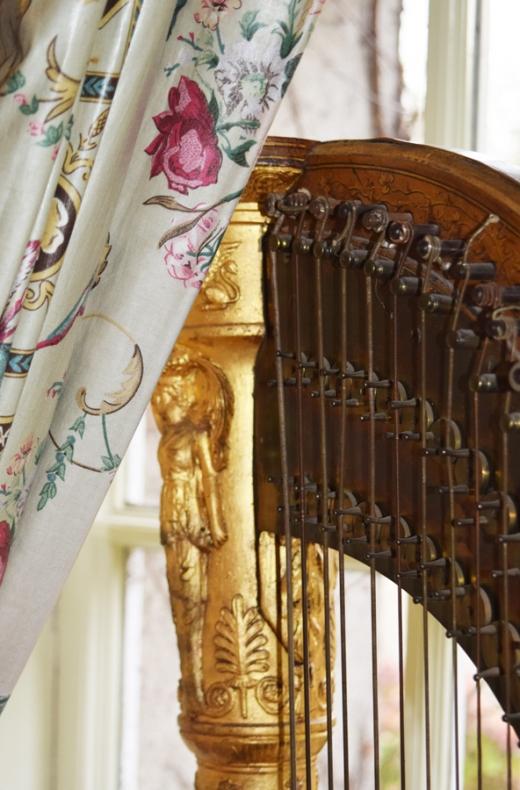 Marlfield House Harp © Lavender's Blue Stuart Blakley