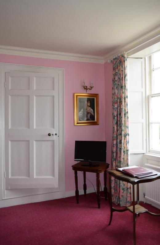 Castle Grove Ramelton Bedroom © Lavender's Blue Stuart Blakley