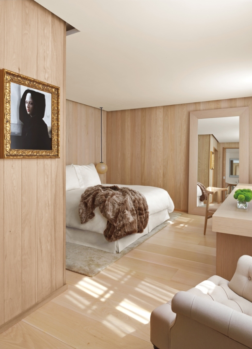 The London Edition Hotel Suite © Lavender's Blue Stuart Blakley