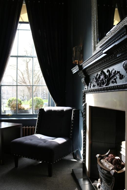 Roxburgh Hotel Edinburgh Reception © Lavender's Blue Stuart Blakley