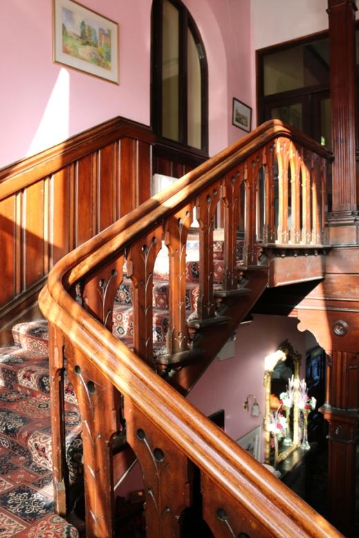 Bel-Air Hotel Ashford Staircase © Lavender's Blue Stuart Blakley