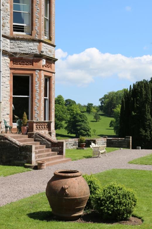 Castle Leslie Monaghan © Lavender's Blue Stuart Blakley