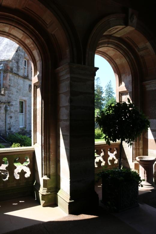 Castle Leslie Porte Cochere © Lavender's Blue Stuart Blakley