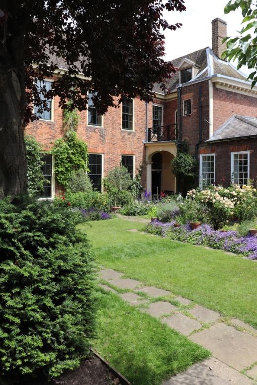 Clifton House King's Lynn © Lavender's Blue Stuart Blakley