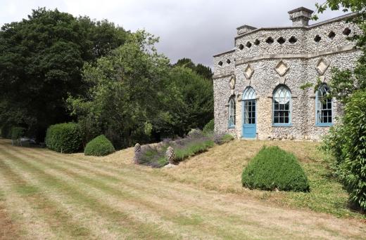 18 Summer House Hampshire © Stuart Blakley