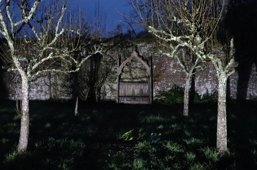 The Summer House Hampshire Orchard © Lavender's Blue Stuart Blakley