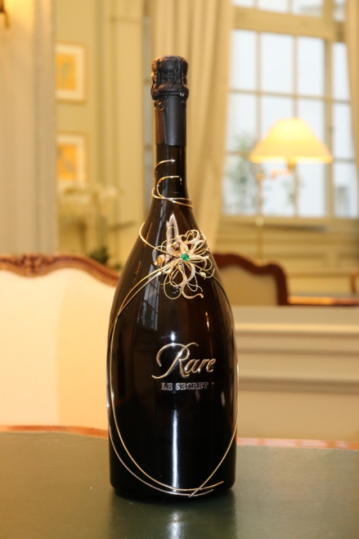 Rare Le Secret Champagne in House of Mellerio Paris © Lavender's Blue Stuart Blakley