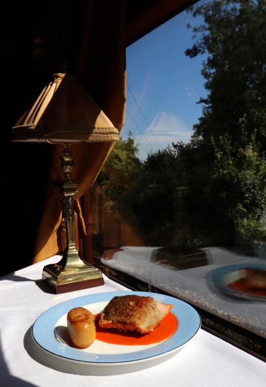 Belmond British Pullman Murder Mystery Lunch Main © Lavender's Blue Stuart Blakley