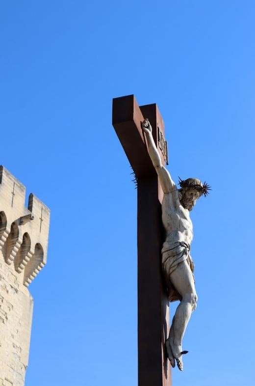 Crucifix Avignon © Lavender's Blue Stuart Blakley