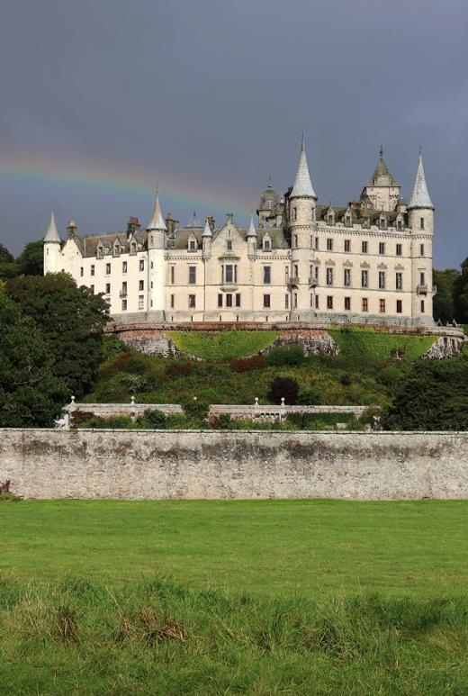 Dunrobin Castle Scottish Highlands © Lavender's Blue Stuart Blakley