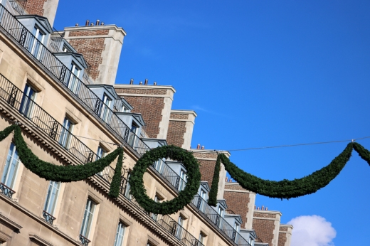 Rue de Rivoli Decorations Paris © Lavender's Blue Stuart Blakley