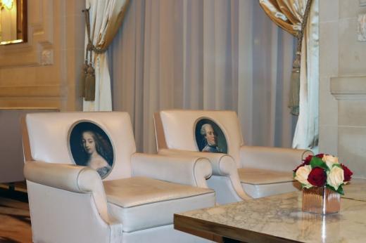 Rue de Rivoli Hotel Meurice Chairs Paris © Lavender's Blue Stuart Blakley