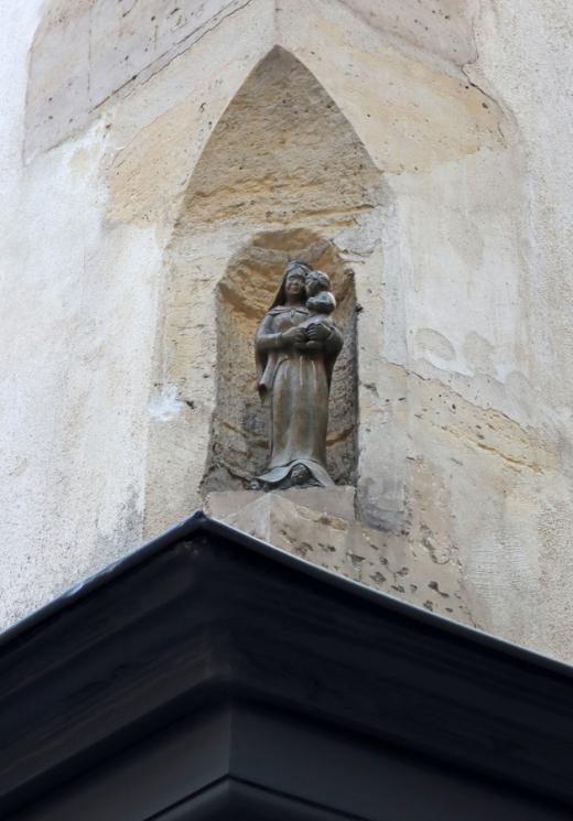 St Paul Architecture Paris © Lavender's Blue Stuart Blakley