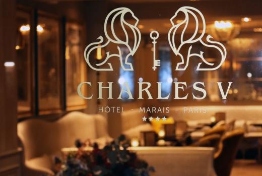 St Paul Hotel Charles V Foyer © Lavender's Blue Stuart Blakley