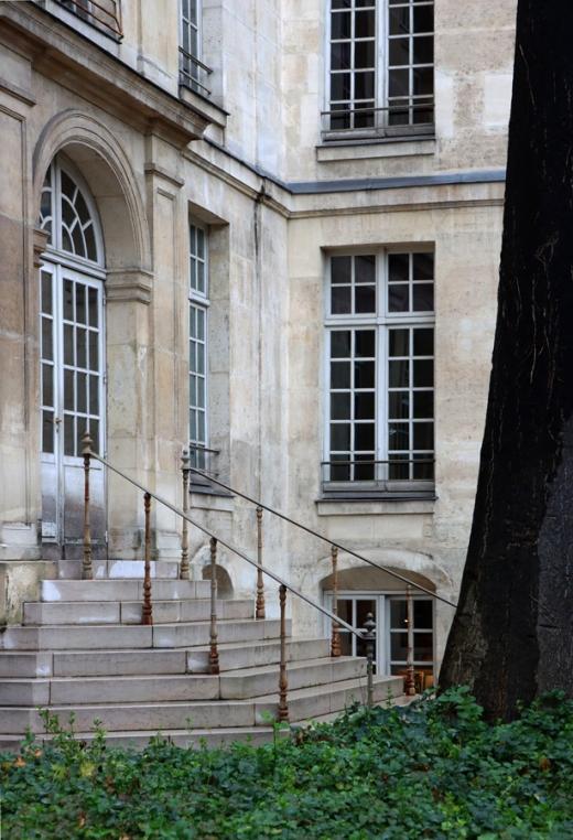 St Paul Hotel Henault de Cantobre Paris © Lavender's Blue Stuart Blakley
