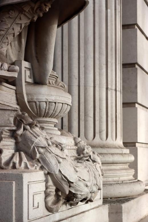 Column Four Seasons at 10 Trinity Square London © Lavender's Blue Stuart Blakley