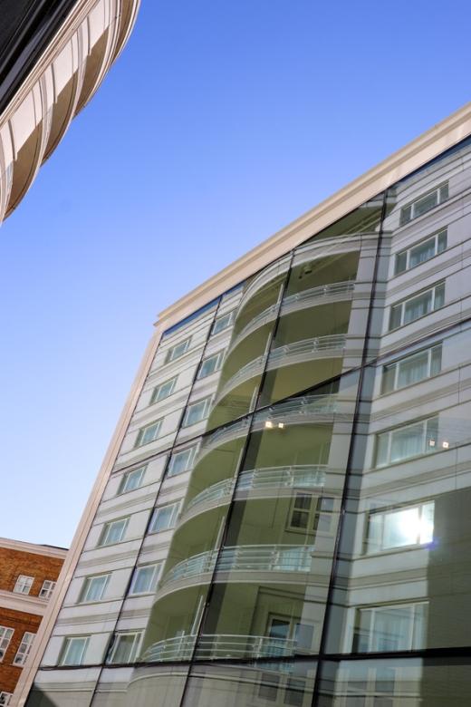 Chelsea Harbour Design Centre and Hotel © Lavender's Blue Stuart Blakley