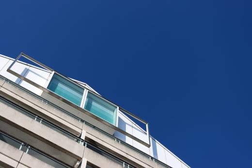 Chelsea Harbour London Apartment © Lavender's Blue Stuart Blakley