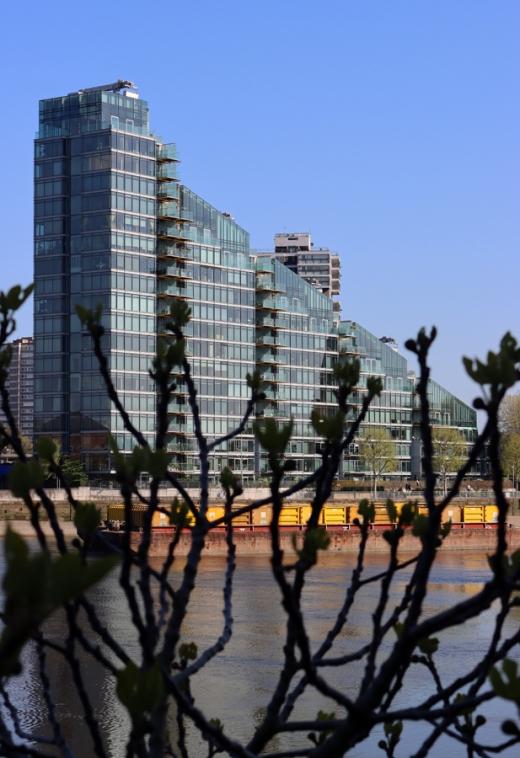 Thames River Montevetro Battersea London © Lavender's Blue Stuart Blakley