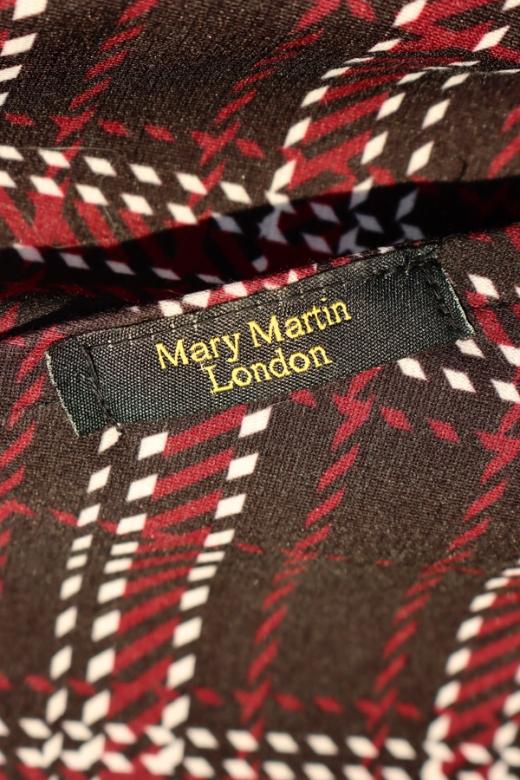 Mary Martin London Hoodie Label Stuart Blakley © Lavender's Blue Becks