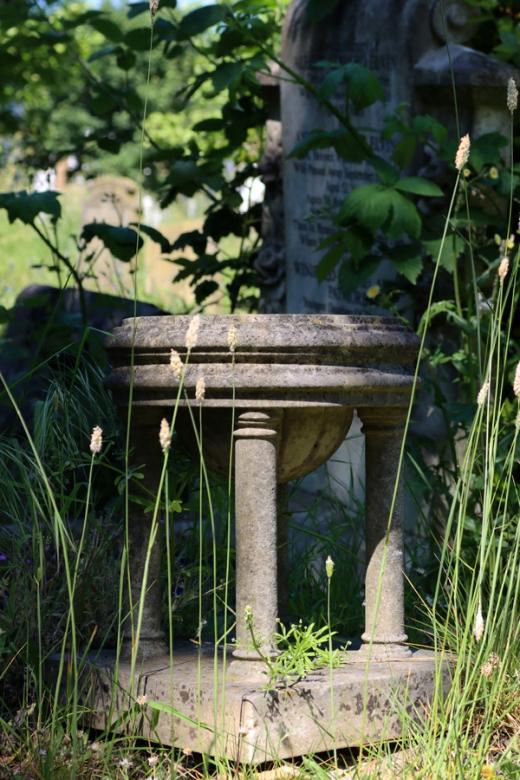 St Mary's Cemetery Battersea London Columns © Lavender's Blue Stuart Blakley