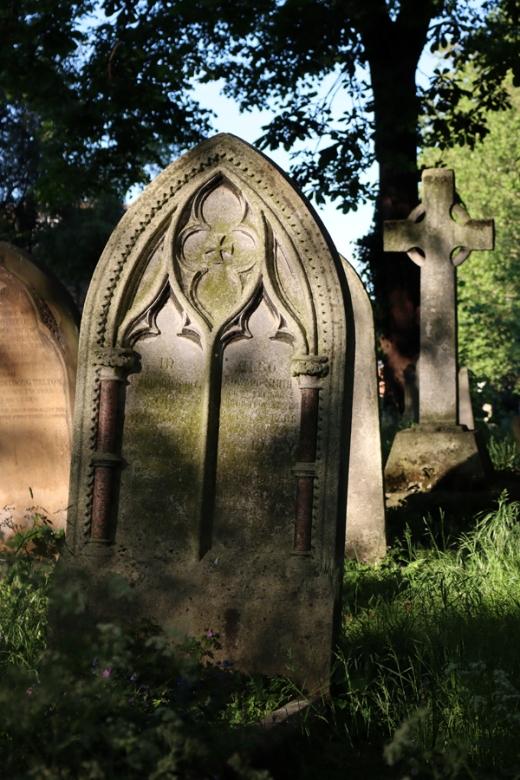 St Mary's Cemetery Battersea London Lancet Gravestone © Lavender's Blue Stuart Blakley