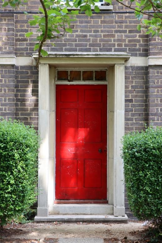 Doorcase Rycullf Square Blackheath © Lavender's Blue Stuart Blakley