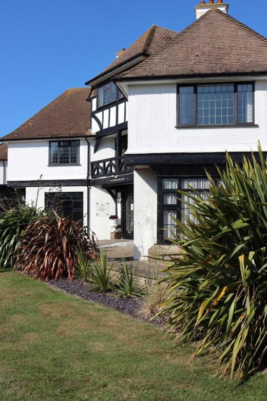 The Cooden Beach Hotel Sussex Coast © Lavender's Blue Stuart Blakley
